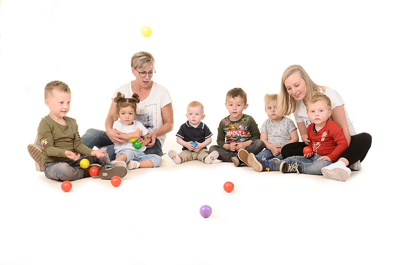 leidsters en kinderen bij de kinderopvang van Nannies in Nijmegen Kerkenbos